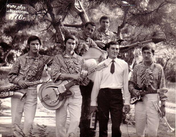 1970 г. Валентин Демьяненко, Юрий Ясинский, Виктор Попазов, Валерий Журавко, В. Соловьев и Владимир Диордиев
